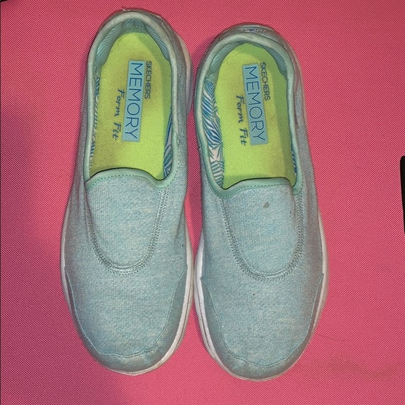 Skechers Shoes - Skechers Memory Form Fit slip on shoes.